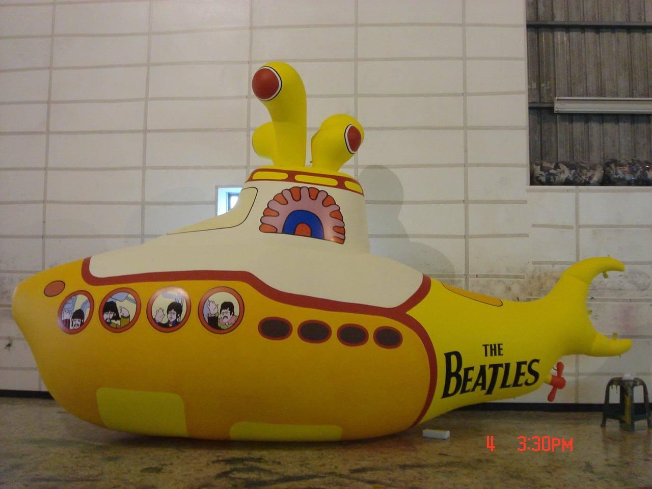 Inflatable custom cartoon submarine balloon黃色卡通版潛水艇造型氣球