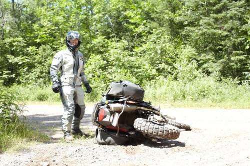 Tough bikes deserve tough luggage. Pick up the bike and keep riding, the Siskiyou Panniers didn't even budge or stratch.