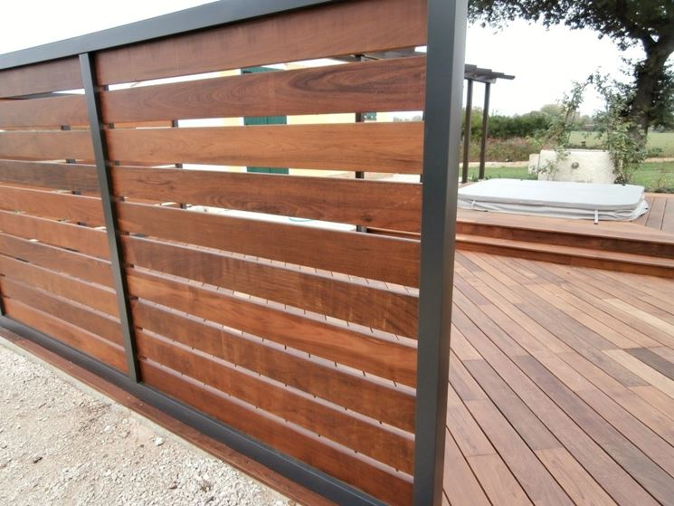 Pannelli grigliati in legno  Grigliati e frangivento  Utilizzare i pannelli grigliati in legno