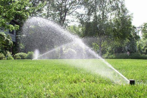 Come realizzare limpianto di irrigazione adatto per il prato