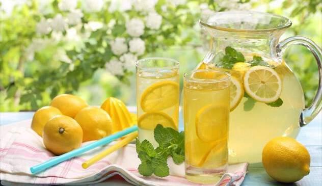 Φτιάξτε δροσερή λεμονάδα με 5 διαφορετικές συνταγές!!!