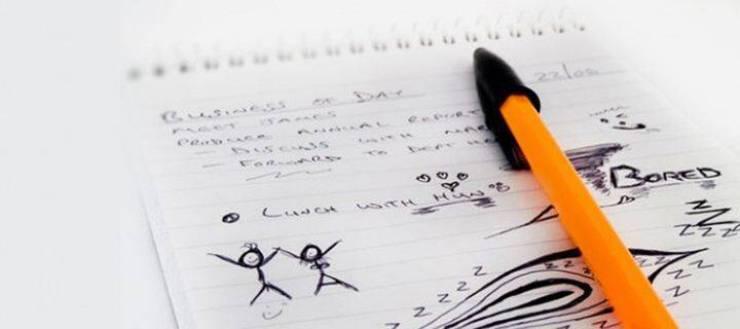 Κάνετε κι εσείς σχέδια στο χαρτί χωρίς να το σκέφτεστε; Δείτε τι δείχνουν για την ψυχική σας υγεία!