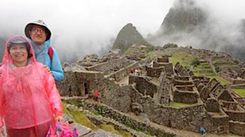 Março 2013 - Maristela e Paulo em Machu Picchu (bela foto)