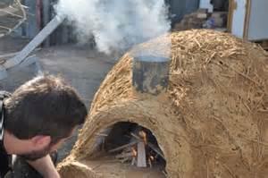 Construction d'un four à pain en terre paille @ la gibbeuse | Poitiers | Poitou-Charentes | France