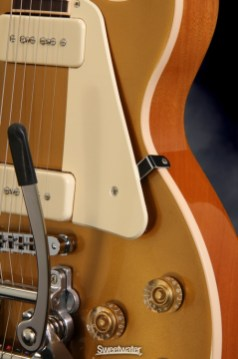 Les-Paul-Traditional-P-90-Bigsby-005