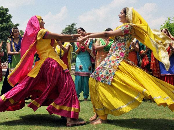 Punjabi gidha boliyan