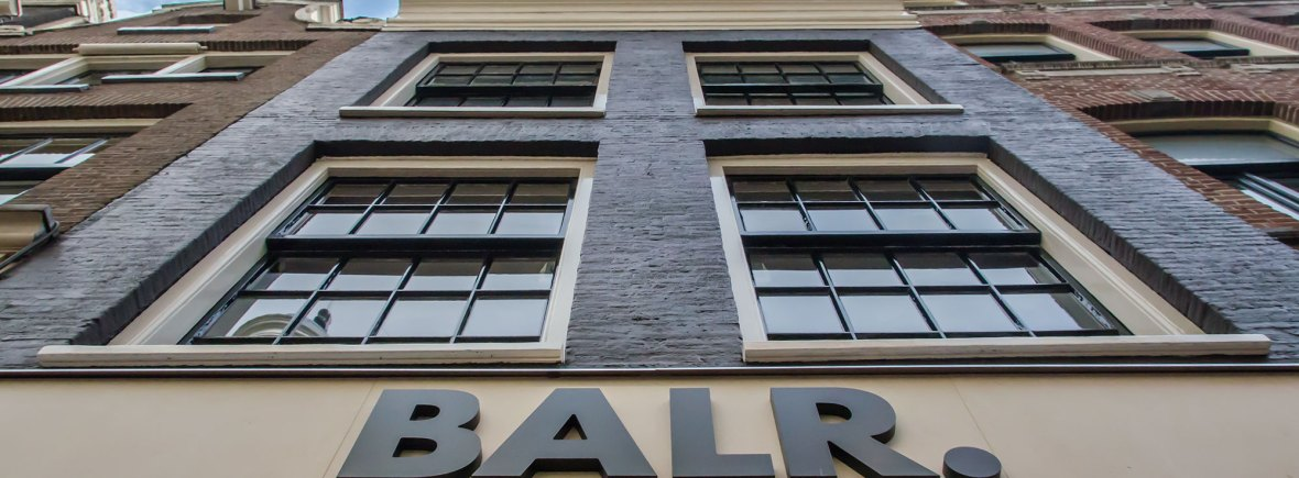 Gevel BALR - Verbouw en uitbreiding winkelruimte BALR - Gietermans & Van Dijk architecten - Serena Silooy Photography