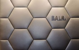 Wand interieur BALR - Verbouw en uitbreiding winkelruimte BALR - Gietermans & Van Dijk architecten - Serena Silooy Photography