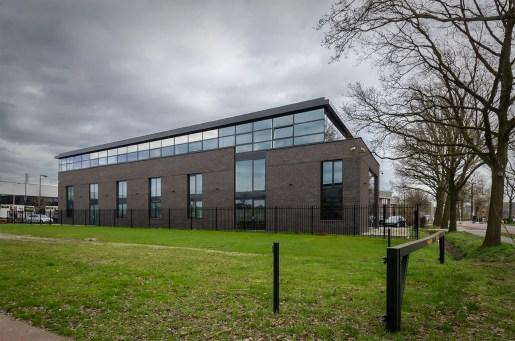 Nieuwbouw bedrijfsgebouw Amersfoort - Aannemersbedrijf Amersfoort - Elmar Services - Gietermans & Van Dijk Architecten - Serena Silooy Photography