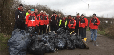 Barnstaple Pilot Gig Club Tackle Litter