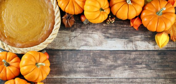 The Lazy Gal's Guide to a Stress-Free Thanksgiving