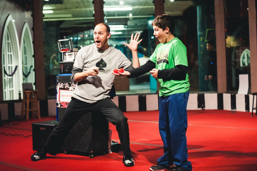 Book a Children's Party Magician on GigSalad