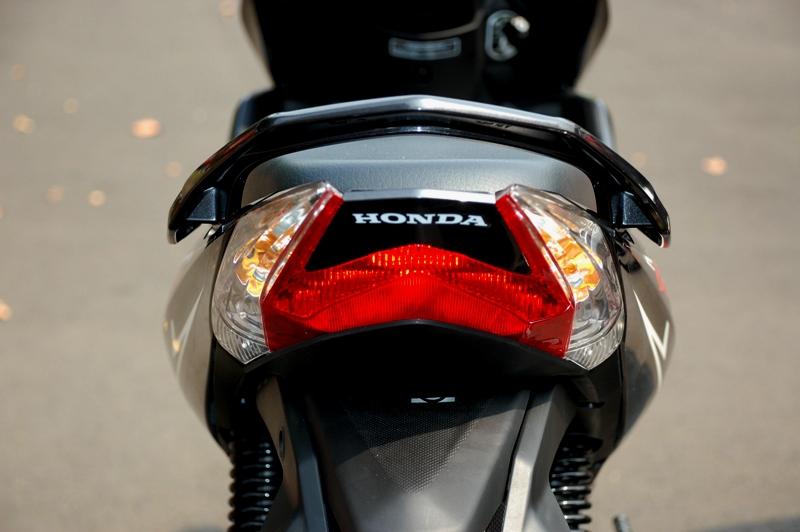 Honda New Blade Siap Hadapi Jupiter Z  Gilamotor