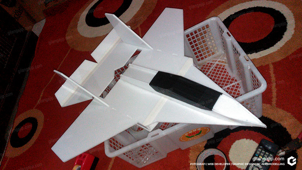 Cara Membuat Pesawat RC Jet Sederhana Sendiri