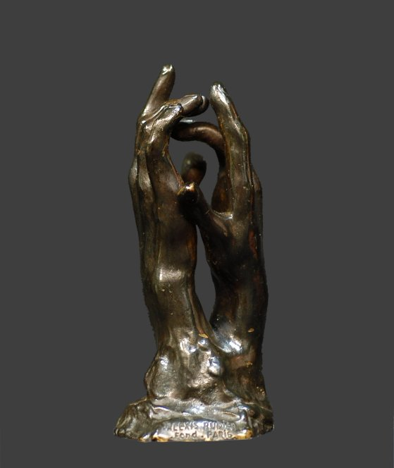 Le secret. Petites mains, d'après Auguste Rodin. H. 12 cm. Perruque d'atelier de fonderie.