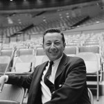LOS ANGELES - JANUARY 12: Gil Stratton on THE SUNDAY SPORTS SPECTACULAR. Image dated January 12, 1961. (Photo by CBS via Getty Images)