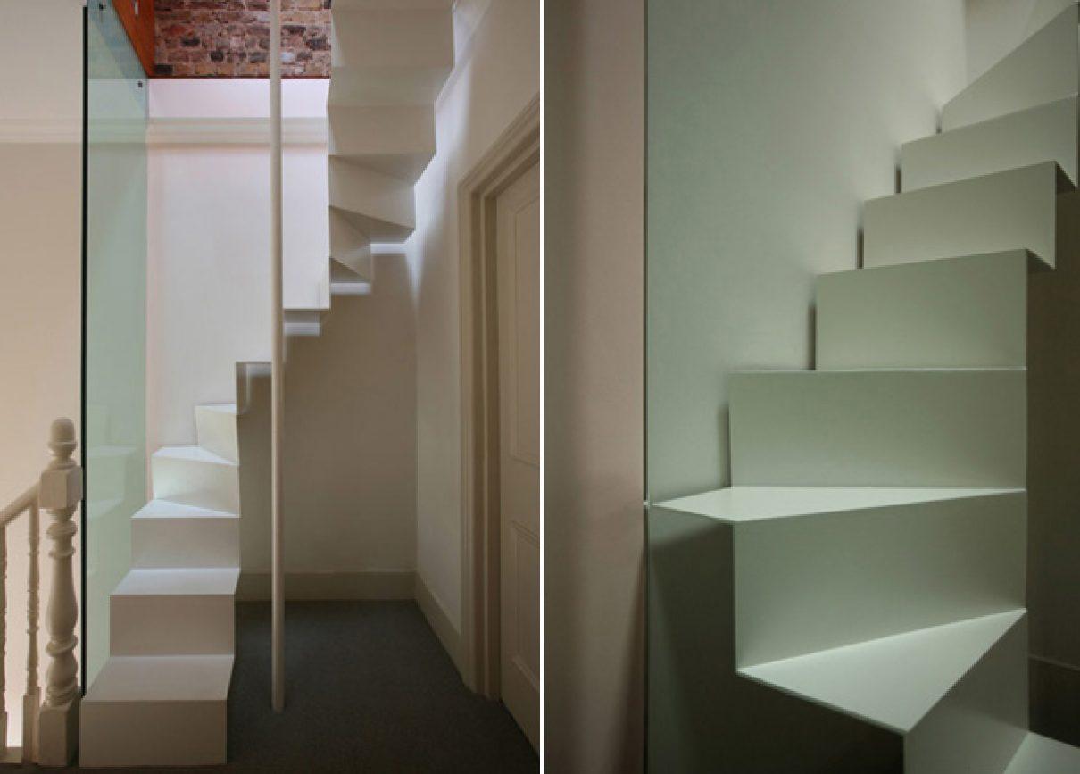 Lichte smalle zoldertrap in Londen  Gimmii Dutch Design