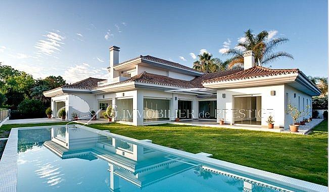 Immobilier prestige  Espagne Marbella villa de standing  Villas et Maisons de village