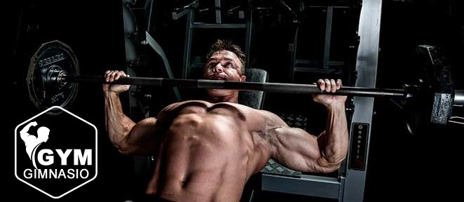 ejercicio gimnasio press inclinado