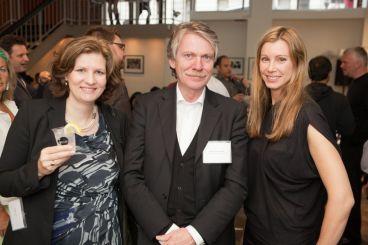 GIN4B Founders Stefanie Then and Claudia Schaller with keynote speaker Prof. Klaus Klemp | © 2011 Philipp Weitz Photography