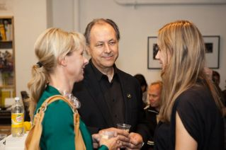 Moni Wolf (Microsoft) with Tom Dair (Owner Smart Design) and GIN4B Co-Founder Claudia Schaller | © 2011 Philipp Weitz Photography