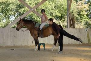 Equi-Attah-yoga-a-cheval-5
