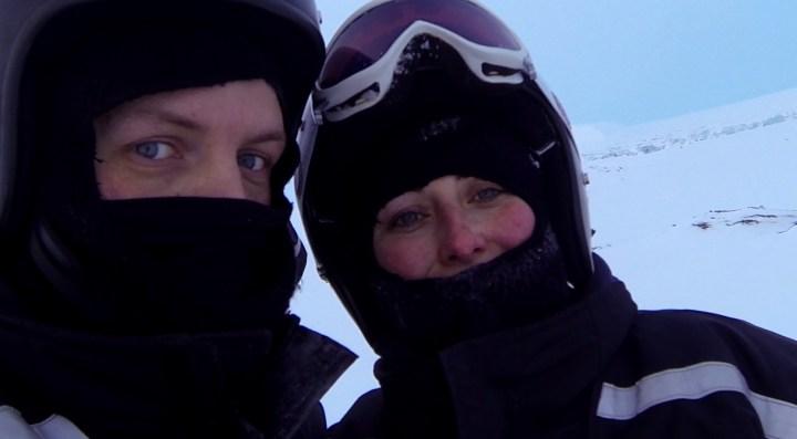 Snowmobile_schneemobile_pause_3
