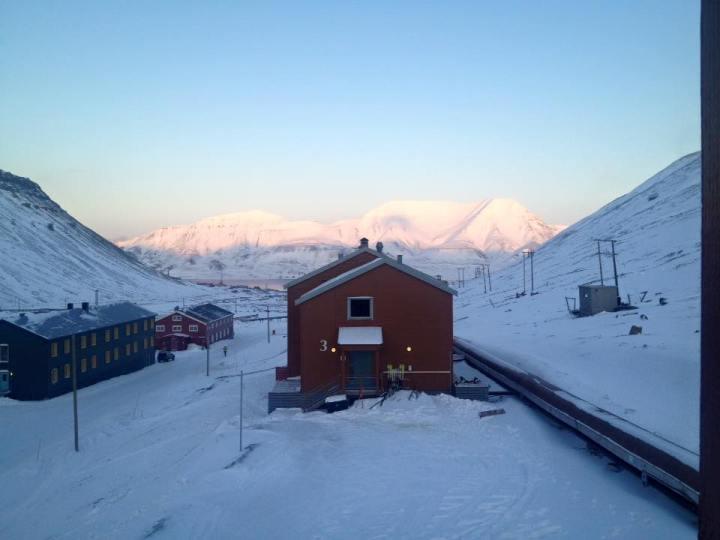 Coal Miner's Cabin Spitzbergen © Ines Erlacher und Thomas Mussbacher