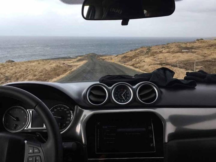 Road 711 Halbinsel Vatnsnes Islands Norden Roadtrip Island gindeslebens.com © Thomas Mussbacher und Ines Erlacher