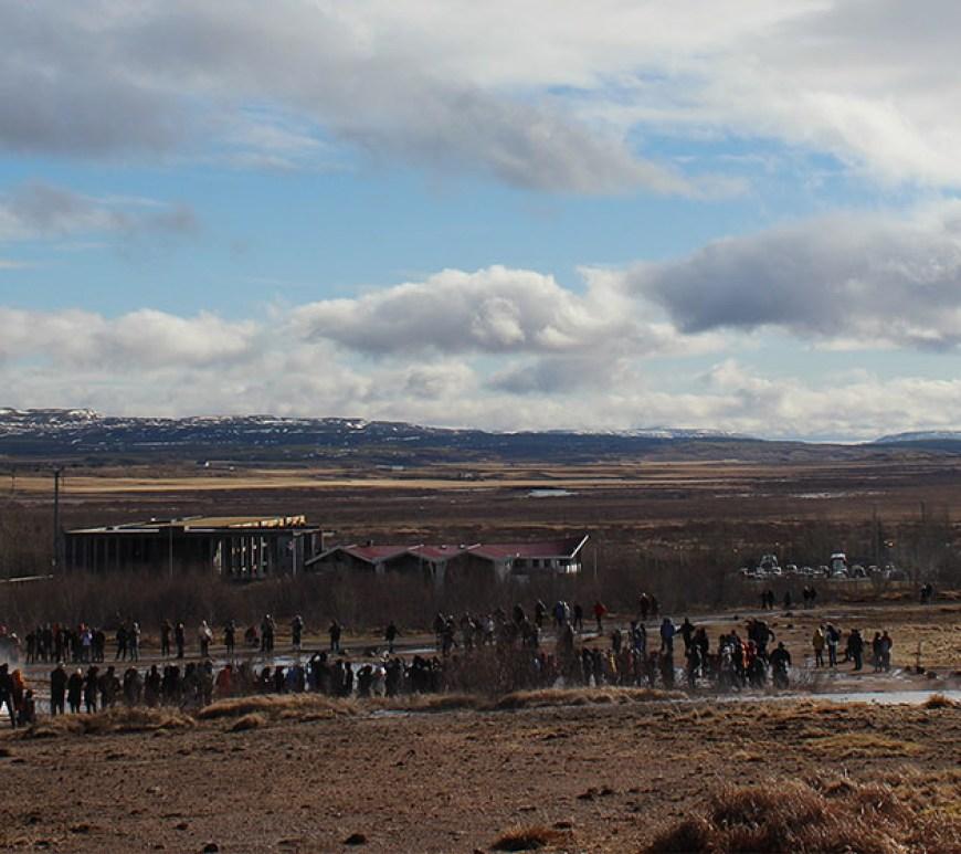 Ausbruch Geysir Strokkur Islands Südwesten und der Golden Circle Roadtrip Island gindeslebens.com © Thomas Mussbacher und Ines Erlacher