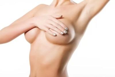 powiekszanie-piersi-implantami