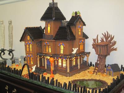 How To Make Haunted Gingerbread Houses