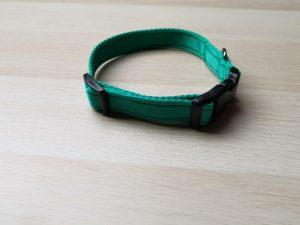 Plain webbing collar