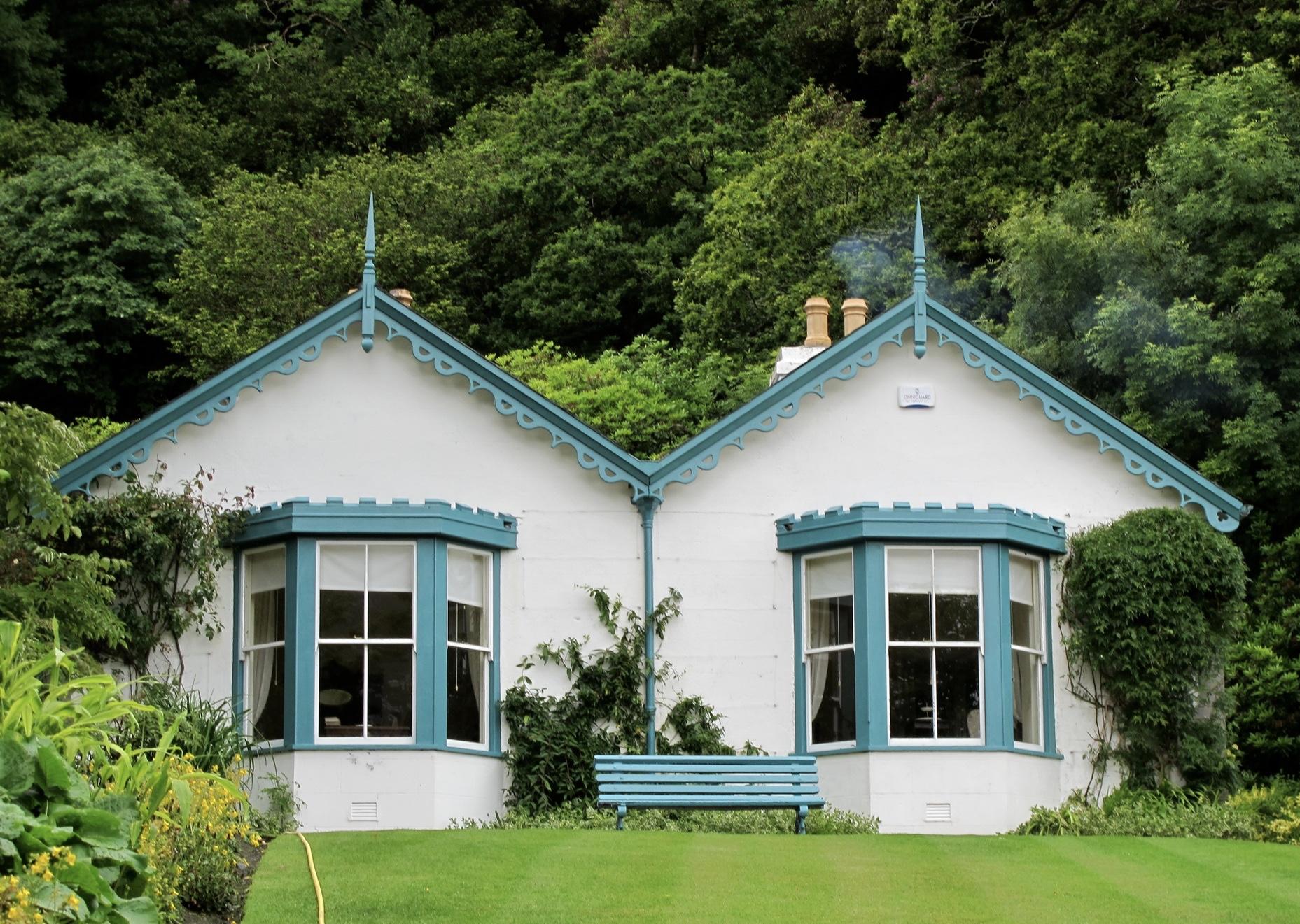 garden cottages kylemore