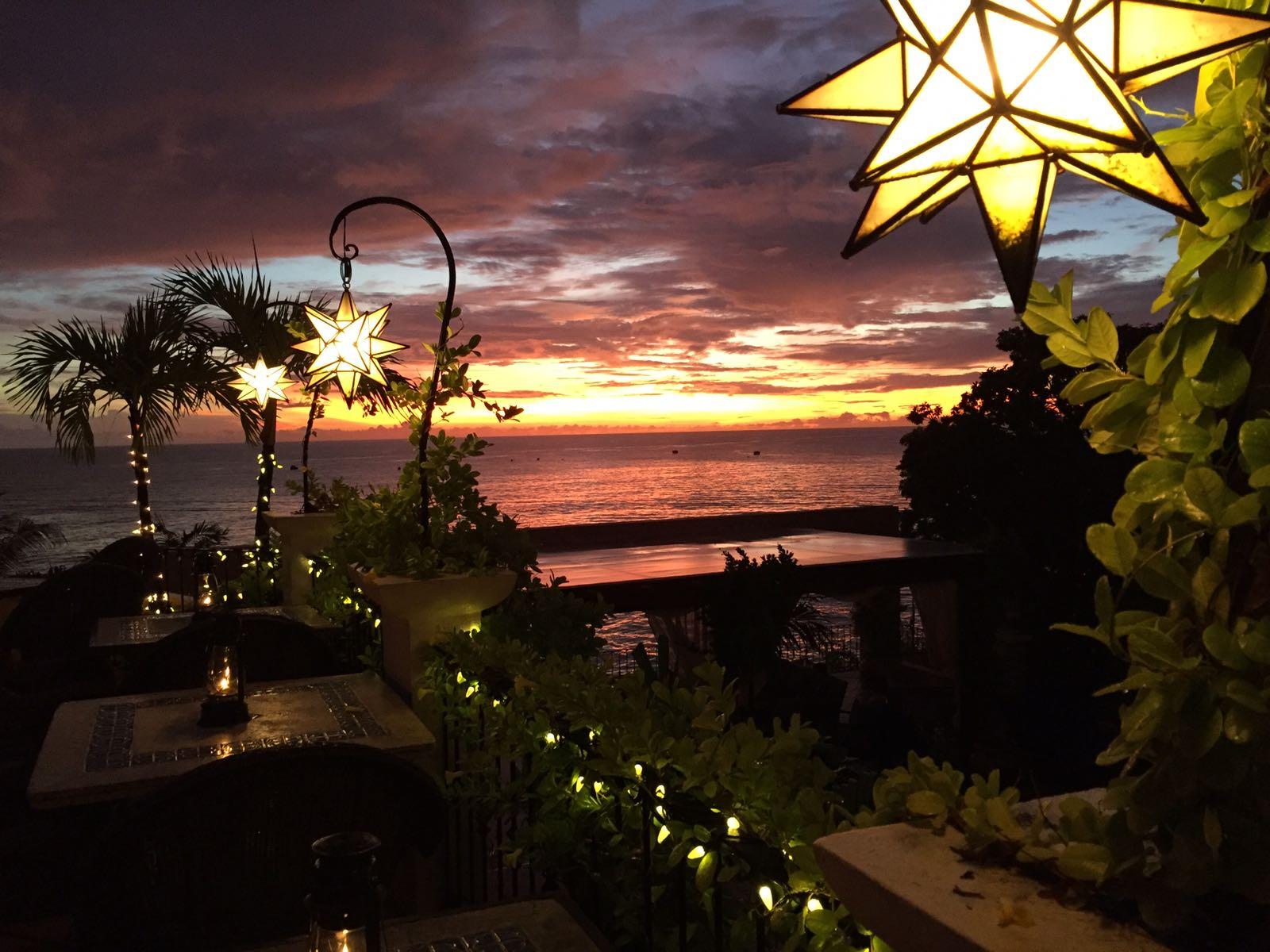 Cafe Luna Barbados: Sunset Paradise * Ginger on the Go