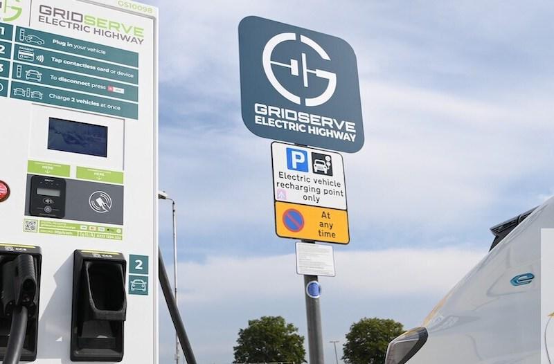 Stazioni di ricarica ABB nel progetto Gridserve Electric Highway