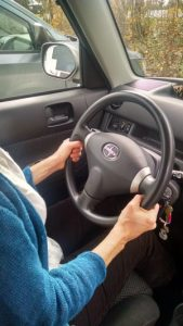 Travel tips: hands on the wheel for less neck pain