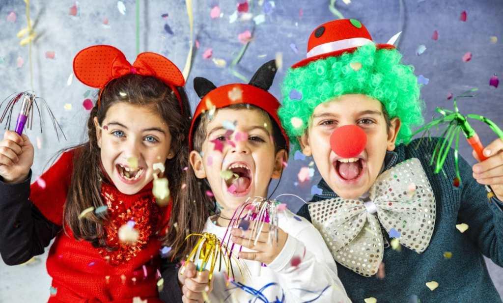 volantini di carnevale costumi per bambini e adulti offerte
