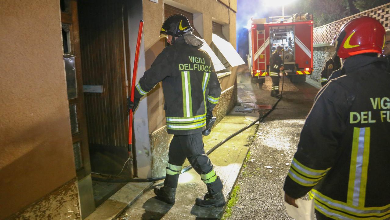 Cilento Incendio In Abitazione Due Morti Giornale Del