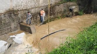 tubo acquedotto rotto sulla Loppopra