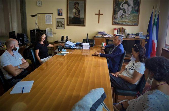 Menesini incontra preside Bachelli (ITC Carrara)
