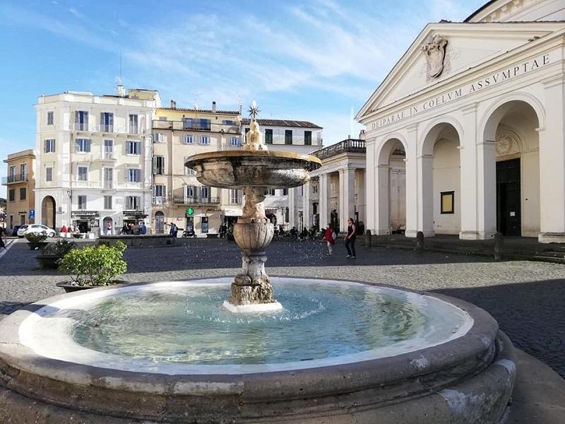 Ariccia, sistemata la Fontana del Bernini a Piazza di Corte