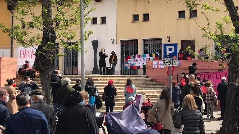 """Ciampino, Donne fuori dal silenzio: """"Successo per il sit-in. Gli attacchi non ci fermano!"""""""