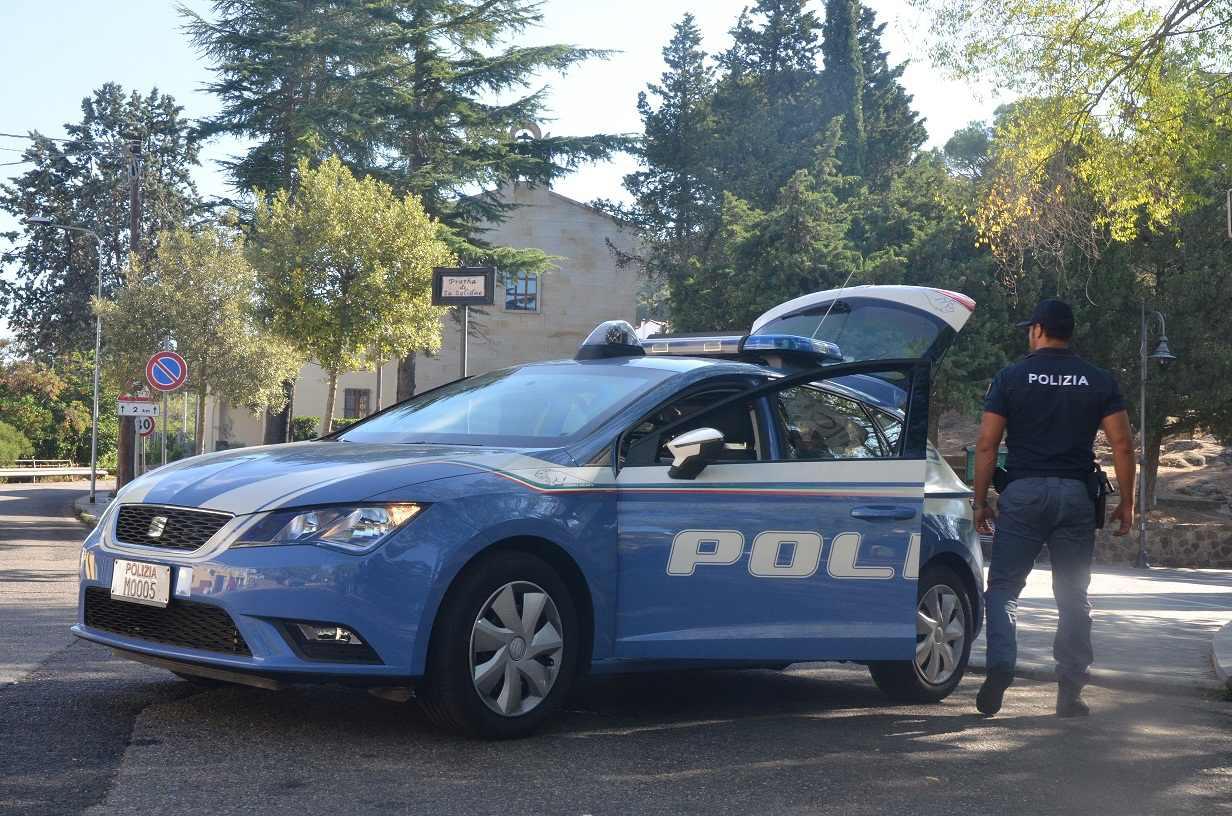 Roma, sedicenne in custodia cautelare per rapina, denunciato a piede libero il complice