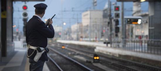 ROMA.  4 ARRESTATI, 19 INDAGATI ED OLTRE 8.000 PERSONE CONTROLLATE: QUESTO L'ESITO DELL'ATTIVITÀ DAL 12 AL 19 SETTEMBRE  2021 DELLA POLIZIA DI STATO NELLE STAZIONI FERROVIARIE  DEL LAZIO