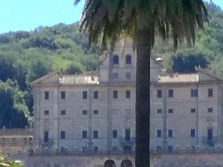 Frascati, grande attesa per il matrimonio della nipote di Lady Diana a Villa Aldobrandini