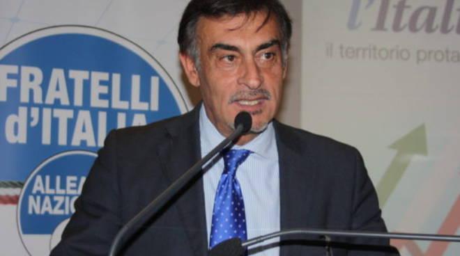 Albano, Silvestroni scrive al ministro e a Draghi sulla discarica. Chiede a Borelli di dimettersi