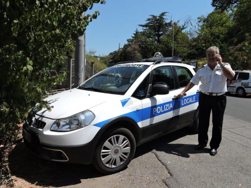 Lanuvio, il dirigente della Polizia Locale Maurizio Doretto va in pensione. Il Saluto e i ringraziamenti del Sindaco Luigi Galieti