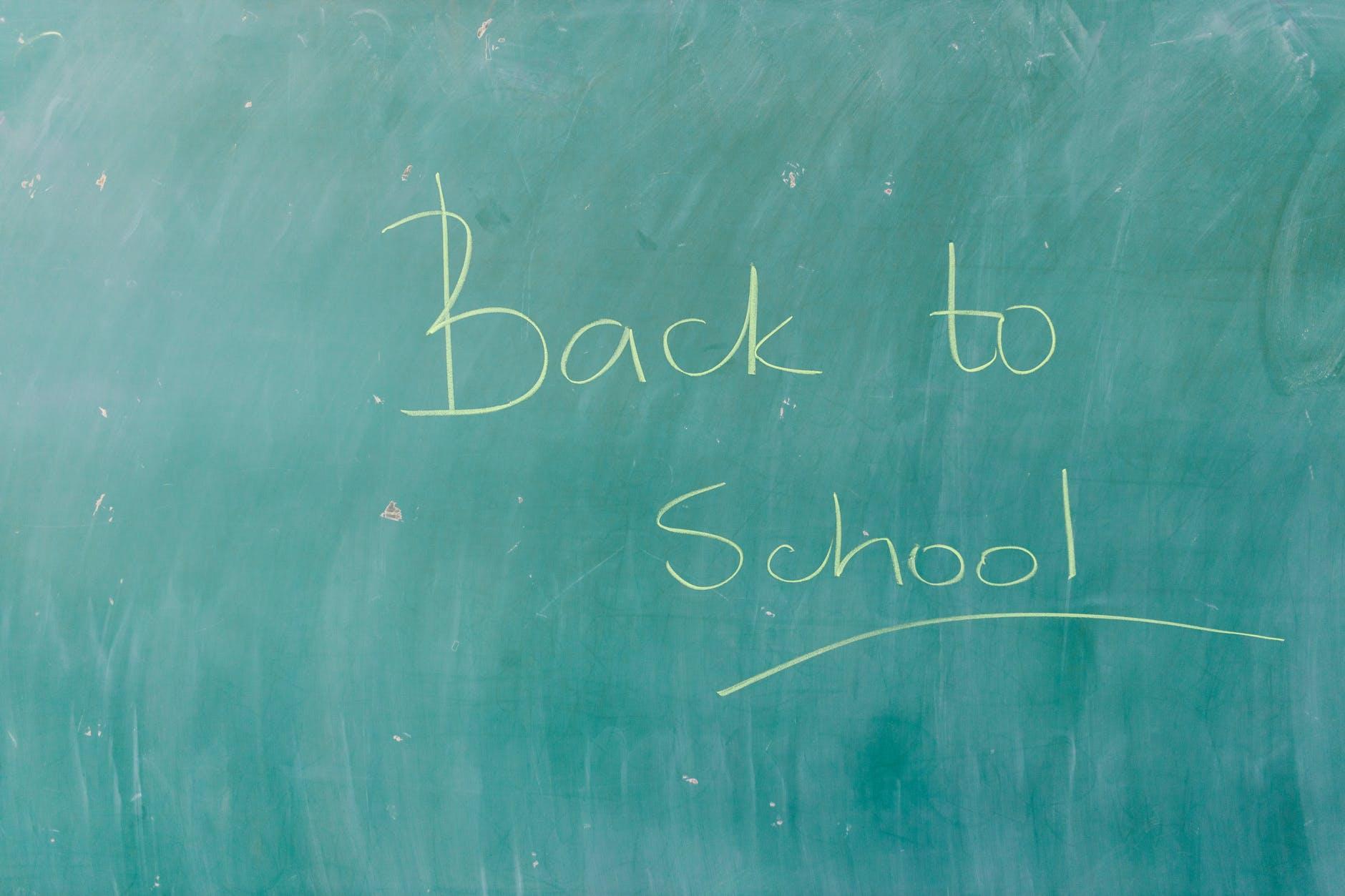 Scuola, via libera alle misure per la riapertura in presenza per l'A.S. 2021/22
