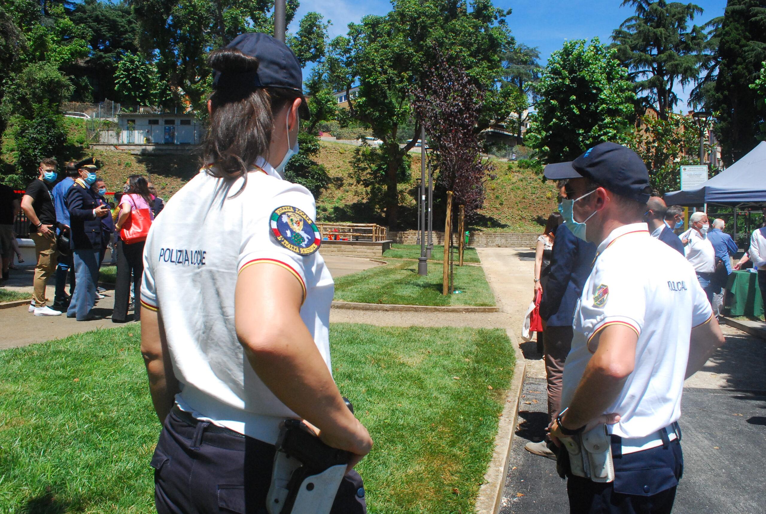 Velletri, controlli di Ferragosto della Polizia Locale, incidenti, sanzioni e denunce
